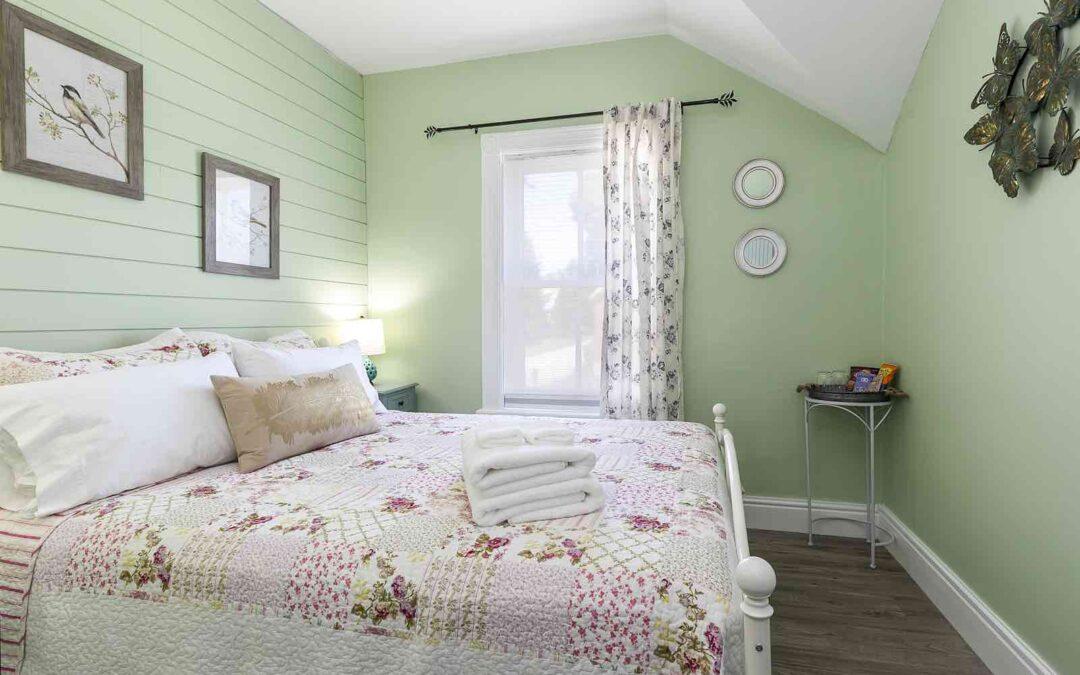 Room #3 Queen Vintage